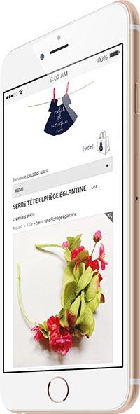 Site www.petitetunique.com présenté sur un iphone 6